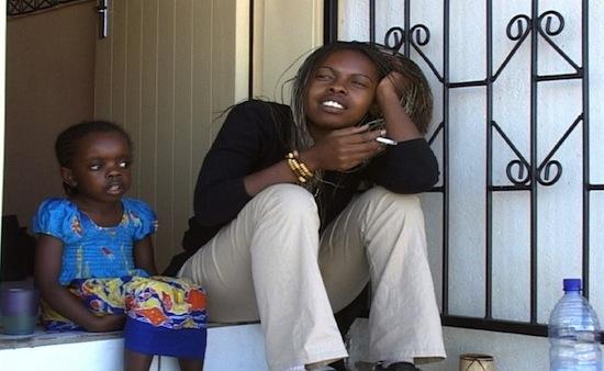 Omulaule heißt schwarz (2003)